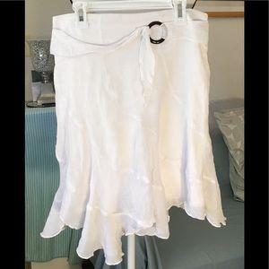 🇦🇷 Amy's Closet Kids White skirt. XL 16